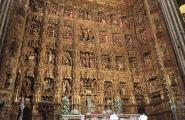 Тоже часть убранства собора. Резное позолоченное дерево. Севилья.