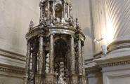 Что-то из сокровищ собора. Полностью серебряное. Севилья.
