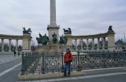Центральный монумент Будапешта.